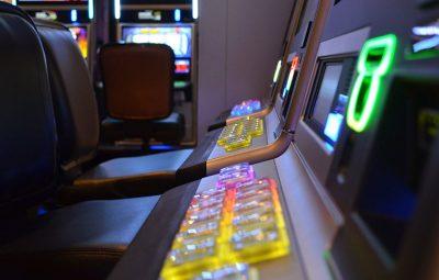 Esitelty kuva 5 parasta nettikasinoa kolikkopelien pelaamiseen 400x255 - 5 parasta nettikasinoa kolikkopelien pelaamiseen